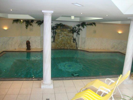 Hotel Post: piscine