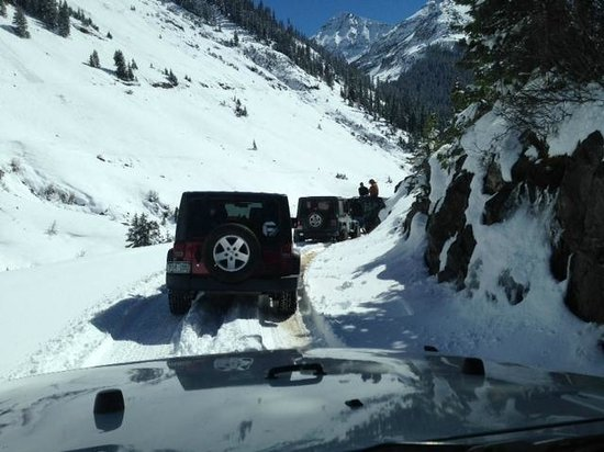 Outlaw River and Jeep Tours: Coming back down the Cinnamon Creek Trail