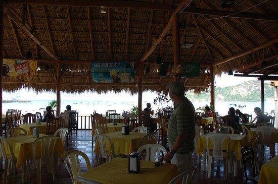 Restaurante Lago Azul: Inside Restaurant