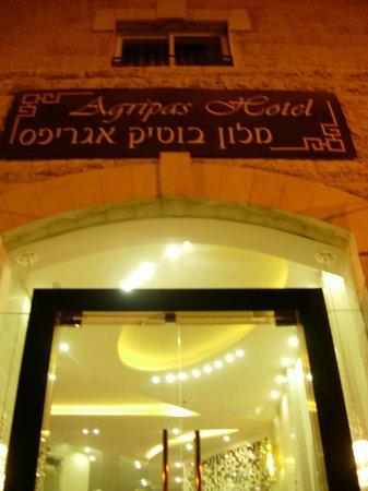 Agripas Boutique Hotel: Entrance