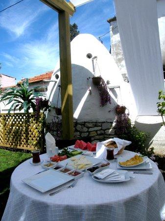 Griffon Butik Hotel: Breakfast