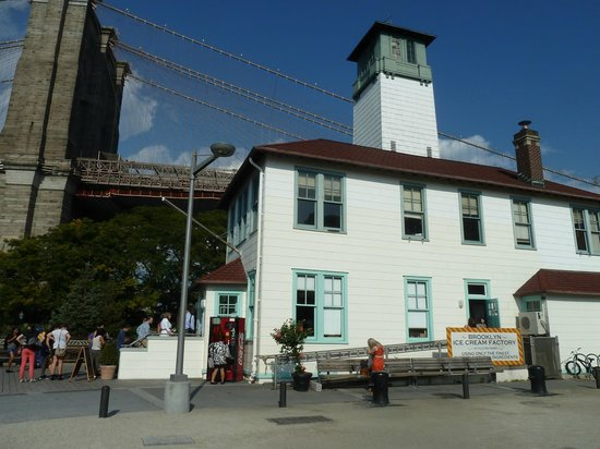 Brooklyn Ice Cream Factory: Ice cream factory