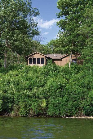 Hueston Woods Lodge And Conference Center: Premier Cabin From Acton Lake