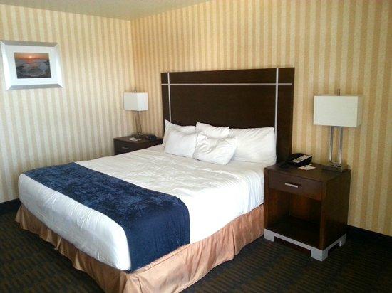 Harbor House Inn: Bed
