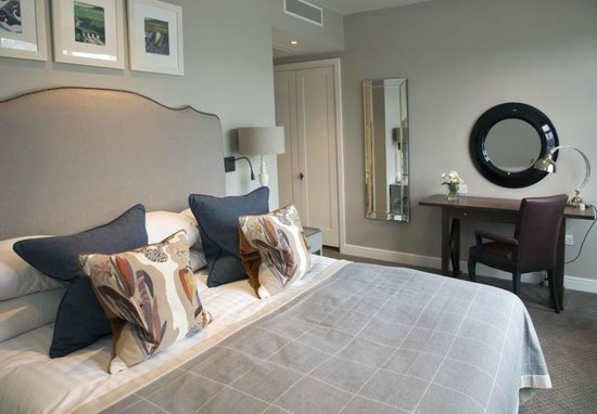 Dart Marina Hotel and Spa: Britannia Rooms