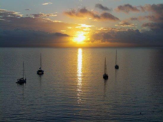 Globales Santa Lucia: Sunrise