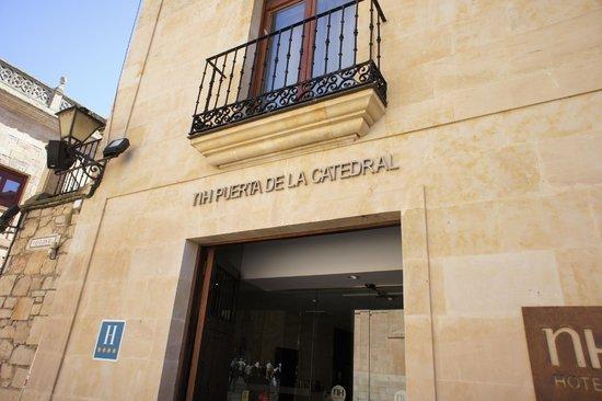 NH Salamanca Puerta de la Catedral : Outside