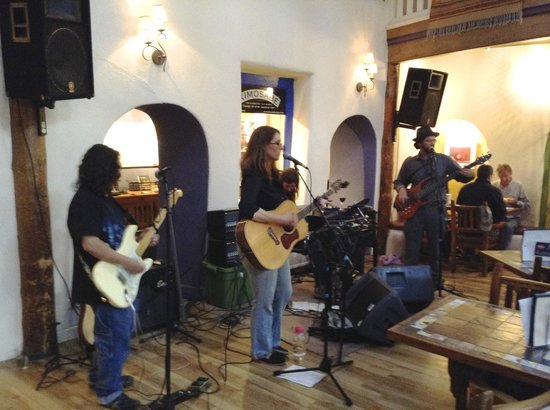 The Historic Taos Inn: Great Music at the Taos Inn