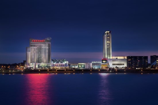 Caesars Windsor At Night