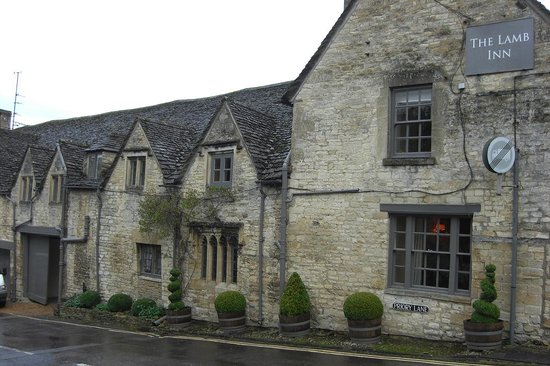 The Lamb Inn Restaurant: The Outside of The Lamb