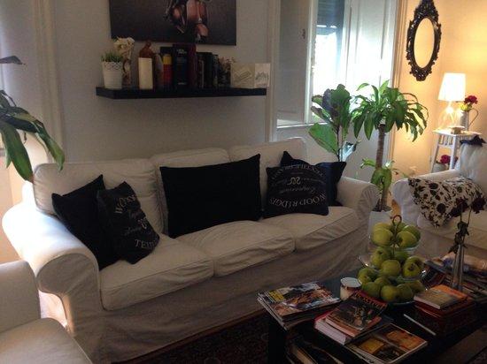 Pigneto Luxury Rooms : Le salon commun