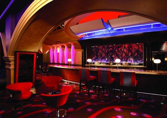 Vu Bar Windsor