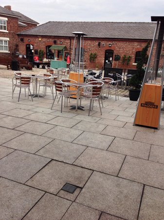 M.Bar.K: Court yard at Burscough