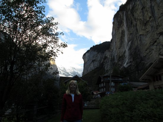 Hotel Staubbach: Taken outside our hotel-view of Jungfrach and Staubbach Falls