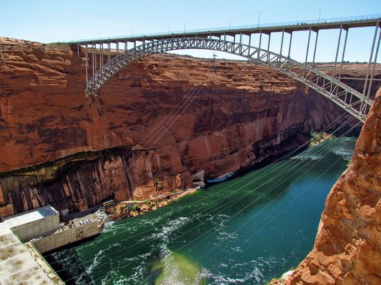 Glen Canyon Dam: Bridge