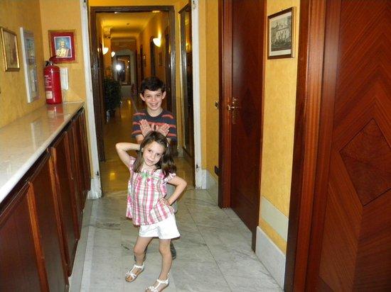 Hotel Milazzo: El 4to piso donde están las habitaciones