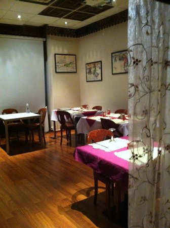 Sajna Restaurant: Part of the interior; one out of two rooms