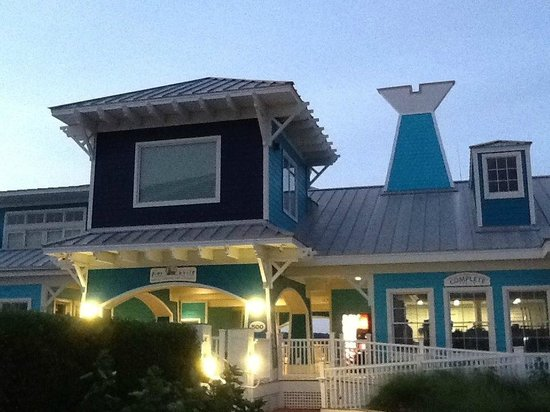 The Oyster Farm At Kings Creek : The Pier House