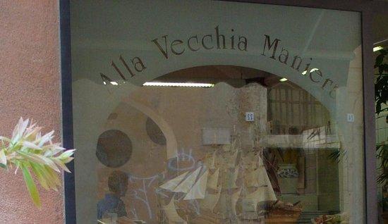 Alla Vecchia Maniera: Questa è la vetrina !