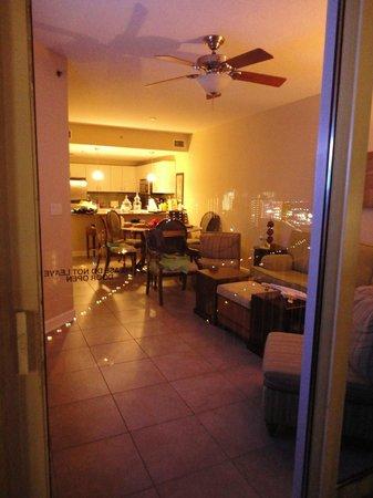 Grand Panama Beach Resort: Looking into the Condo from the balcony