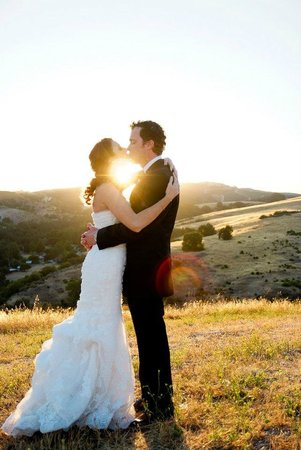Calcareous Vineyard: Wine COuntry Weddings at Calcareous in Paso Robles