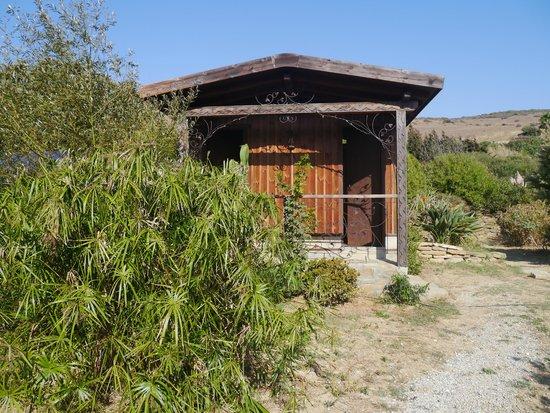 Yurts Tarifa: Two bathrooms - shared