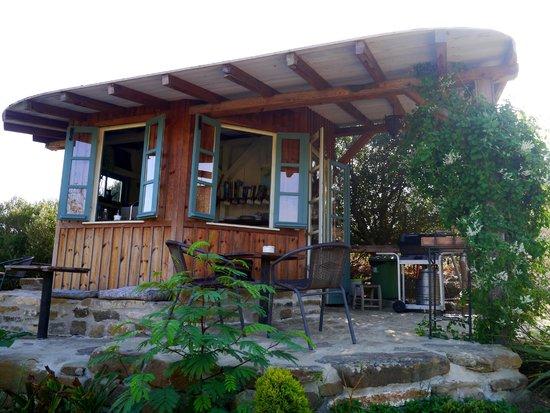 Yurts Tarifa: Kitchen