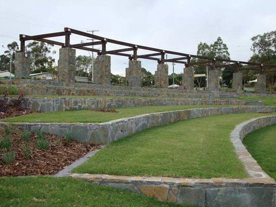 Priestdale, Australien: The amphitheatre in 2010. There's room on the grass for approximately 500 people. This space is