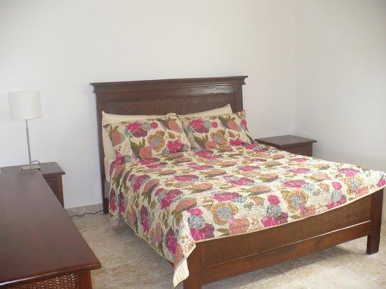 La Estancia Golf Resort : Bedroom