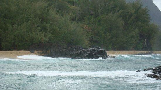 Lumahai Beach: beach