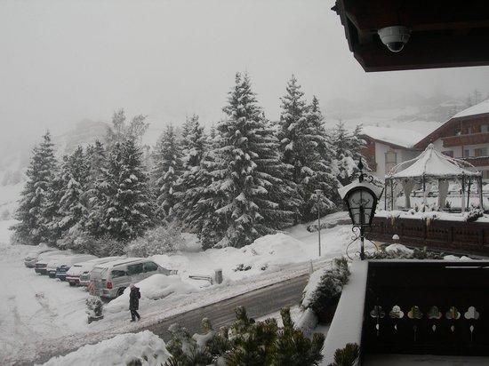 Romantic & Family Hotel Gardenia - Gardenahotels: sotto la nevicata