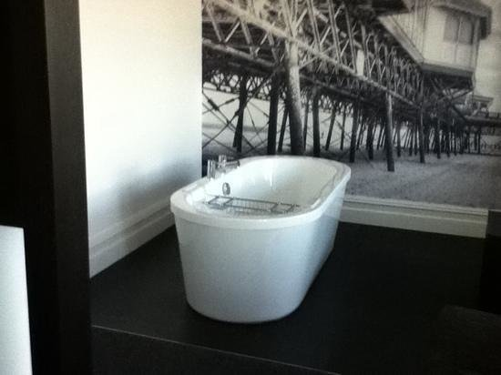 The Grand Hotel: Bath under the pier