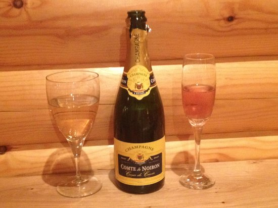 Lochwood Farm Steading: Champers