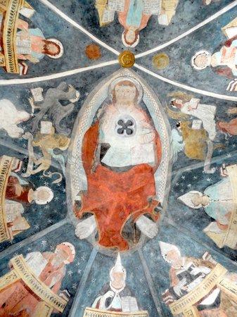 Reformierte Kirche Lavin: Kuppelausschnitt-dreigesichtigeJesus