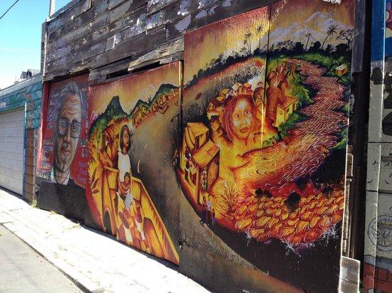 Balmy Alley Murals: 2