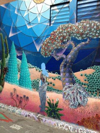 Balmy Alley Murals: 3