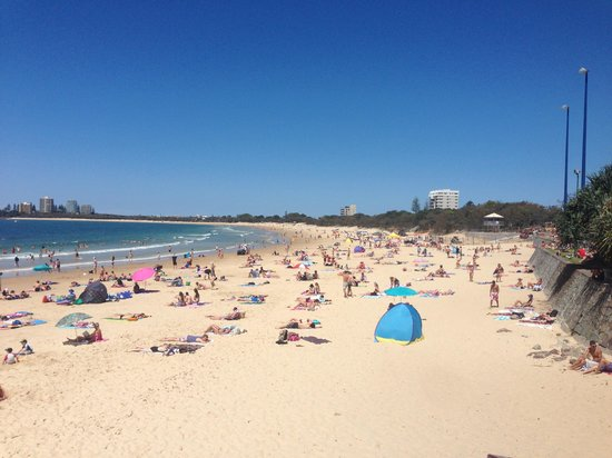 Mantra Sirocco: just another day on mooloolaba beach