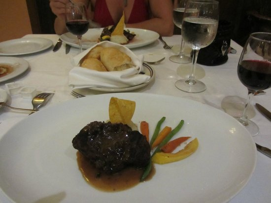 Grand Palladium Jamaica Resort & Spa: steak hose