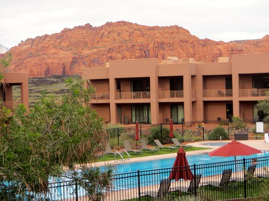 Red Mountain Resort: Villas pool