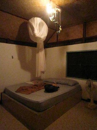 Rantee Sunrise Hotel : Schlafzimmer