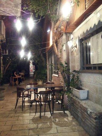 Eldad Vezehoo: Eldad vezehou - we stayed late in this lovely place