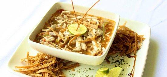 Oxtun: Sopa de Lima - Lime Soup