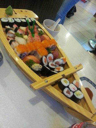 Teppan-Yaki : Sushis pour 2 personnes