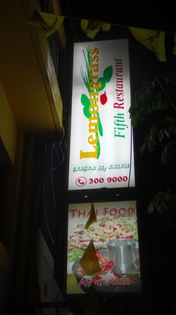 Lemongrass Fifth : They offer very good Thai food