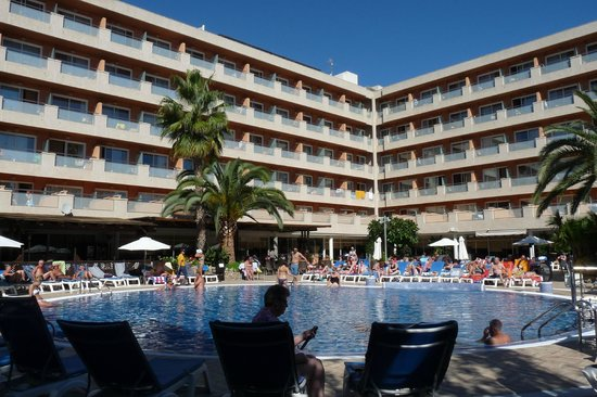 H10 Vintage Salou : Pool area