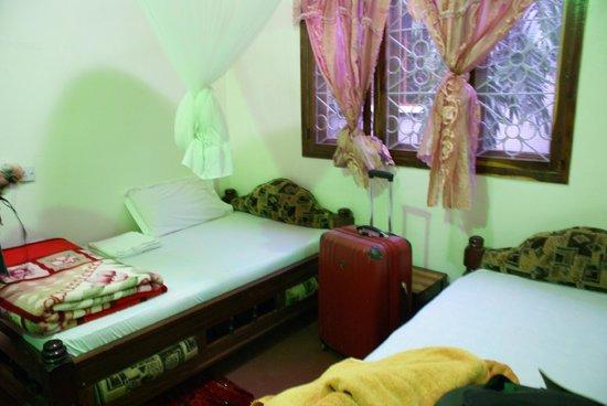 New Planet Hotel : bedroom