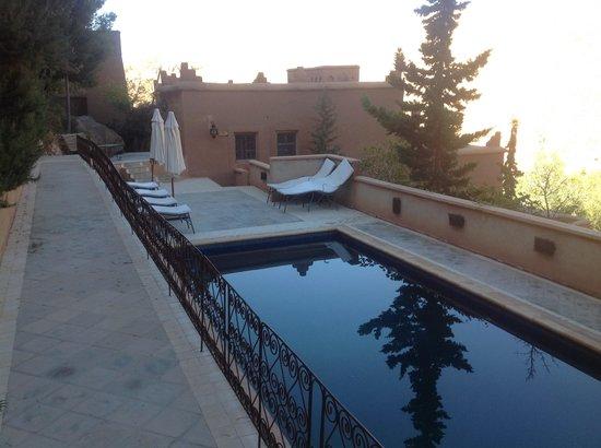 Chez Pierre: Zona piscina