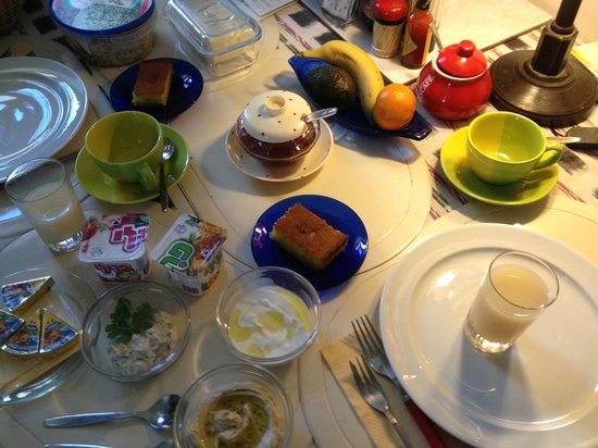 Diana's House: breakfast was always the best part of our day