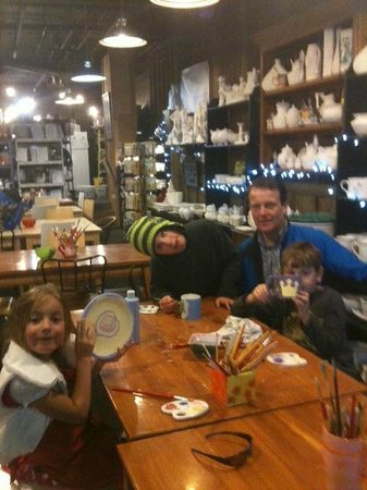 Iron Horse - Tahoe Mountain Lodging : Pottery painting