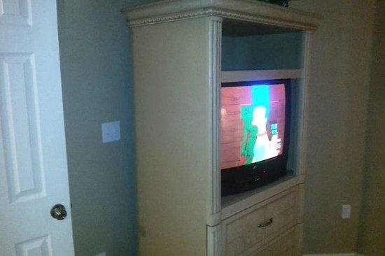 WorldQuest Orlando Resort: Bedroom 2 TV